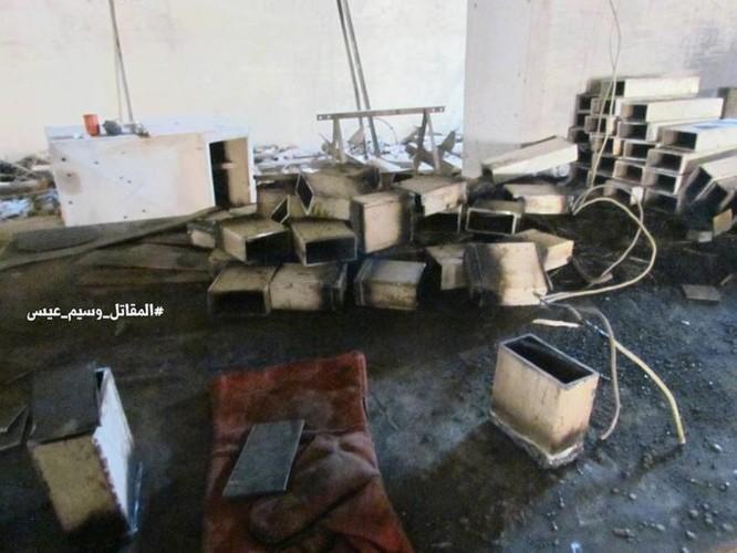 Chiến sự Syria: Phát hiện căn cứ ngầm khổng lồ của phiến quân ở ngoại vi Damascus ảnh 10