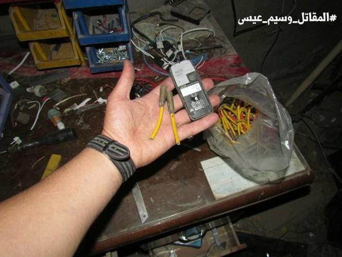Chiến sự Syria: Phát hiện căn cứ ngầm khổng lồ của phiến quân ở ngoại vi Damascus ảnh 12