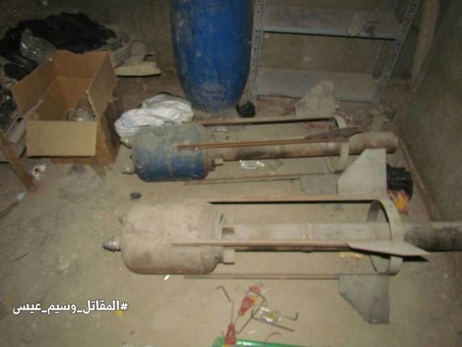 Chiến sự Syria: Phát hiện căn cứ ngầm khổng lồ của phiến quân ở ngoại vi Damascus ảnh 13