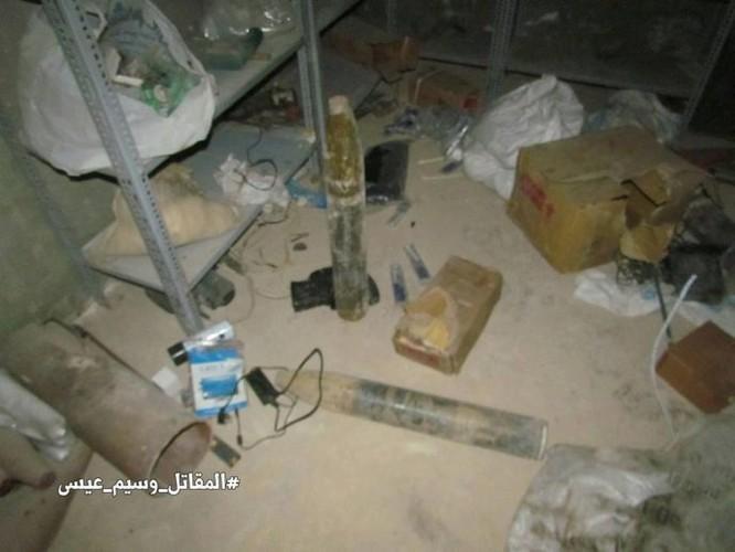 Chiến sự Syria: Phát hiện căn cứ ngầm khổng lồ của phiến quân ở ngoại vi Damascus ảnh 14