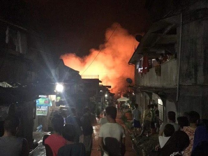 Tổng thống Philippines tuyên bố thiết quân luật tại Mindanao ảnh 1