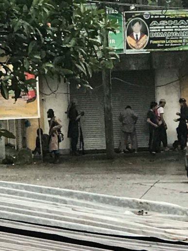 Tổng thống Philippines tuyên bố thiết quân luật tại Mindanao ảnh 6