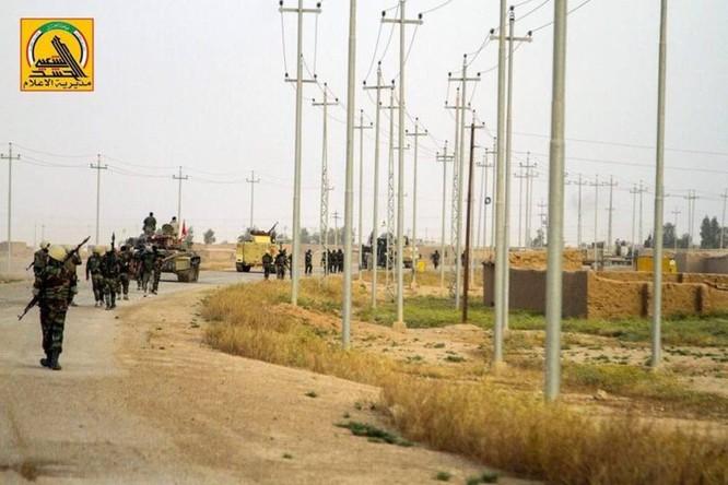 IS sắp tuyệt diệt tại Mosul, Iraq chiếm thêm một thành phố ảnh 5