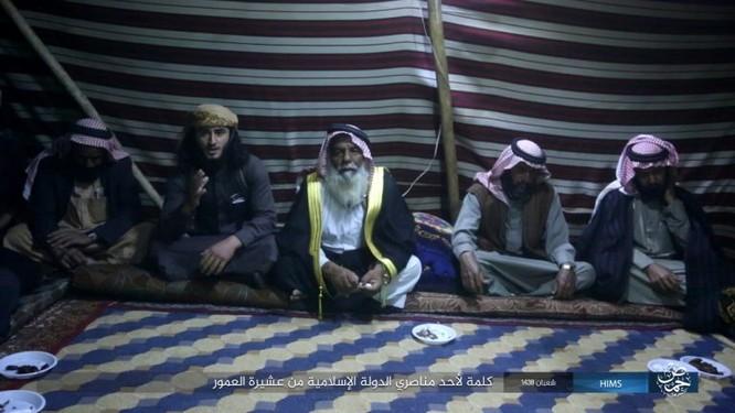 Quân đội Syria đánh bật IS khỏi mỏ khí đốt đông Palmyra (video) ảnh 5