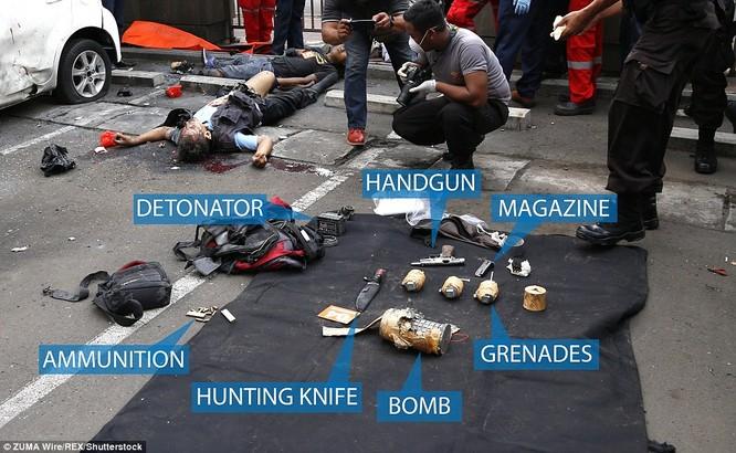 IS nhận trách nhiệm đánh bom kép kinh hoàng ở Indonesia ảnh 1