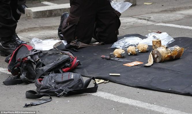 IS nhận trách nhiệm đánh bom kép kinh hoàng ở Indonesia ảnh 2