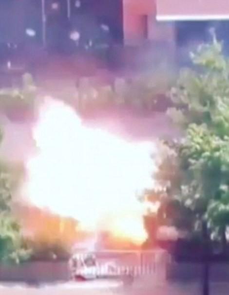 IS nhận trách nhiệm đánh bom kép kinh hoàng ở Indonesia ảnh 6