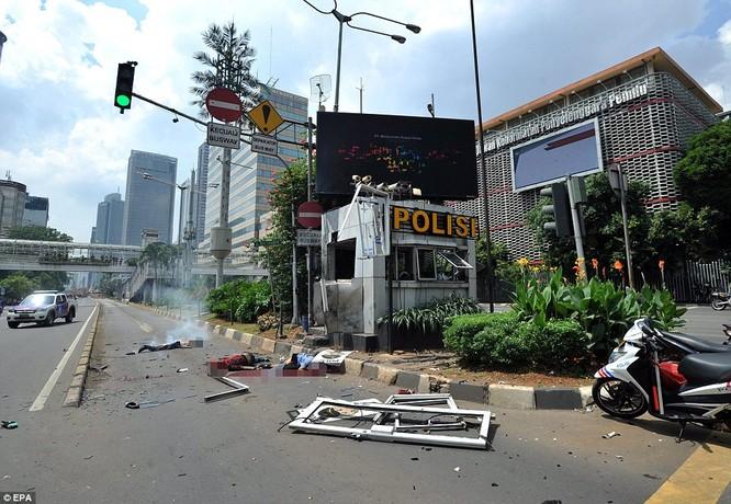 IS nhận trách nhiệm đánh bom kép kinh hoàng ở Indonesia ảnh 7