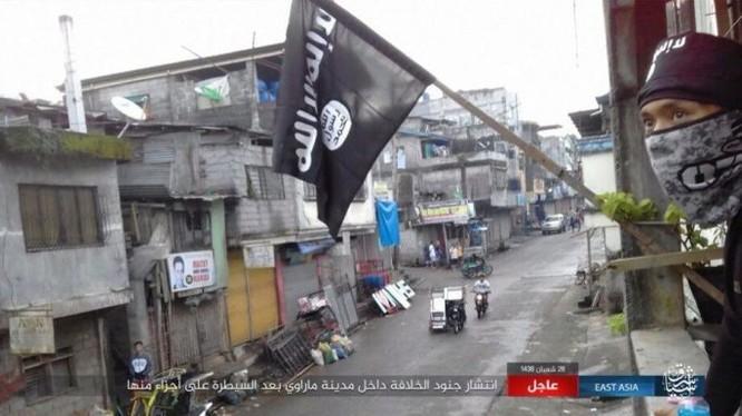 Philippines tung không quân tấn công IS, tái chiếm Marawi ảnh 1