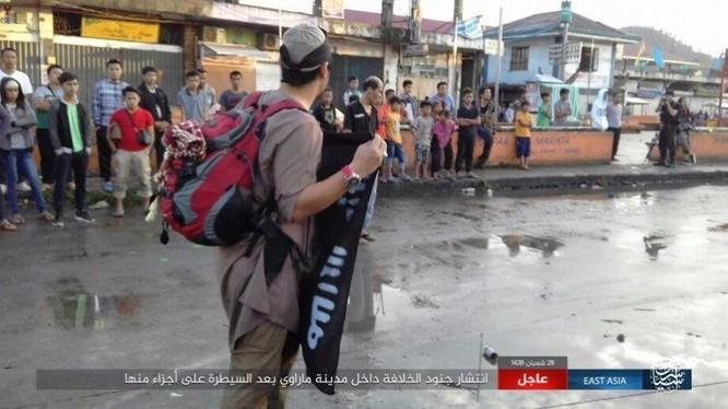 Philippines tung không quân tấn công IS, tái chiếm Marawi ảnh 3