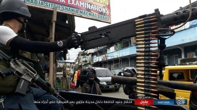 Philippines tung không quân tấn công IS, tái chiếm Marawi ảnh 4