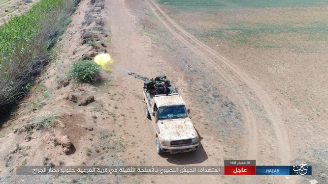 """""""Hổ Syria"""" đè bẹp IS, chỉ còn cách thị trấn cửa ngõ Raqqa 3km (video +ảnh) ảnh 4"""