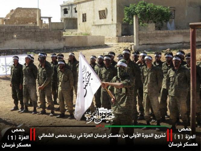 """Thất bại liên tiếp, phiến quân IS Syria lột xác thành """"đối lập ôn hòa"""" FSA ảnh 2"""