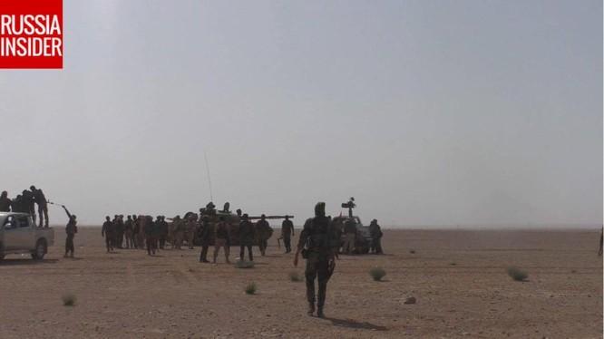 Không quân, đặc nhiệm Nga dọn đường cho quân đội Syria tiến về Deir Ezzor ảnh 8
