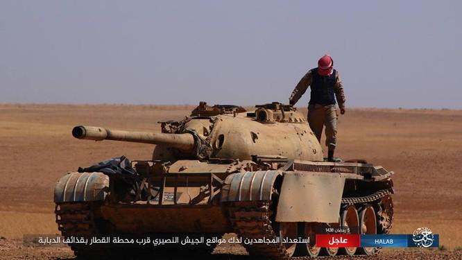 IS quyết tử chiến trong pháo đài cuối cùng ở Aleppo ảnh 12