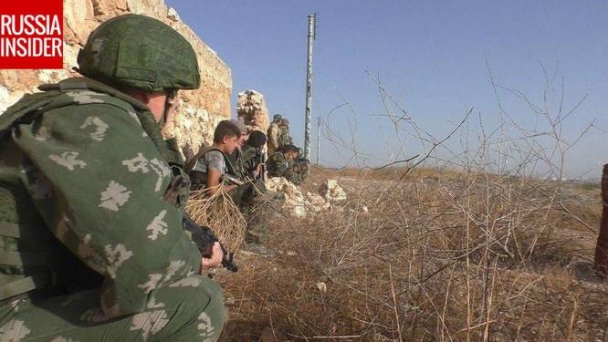 """""""Cố vấn quân sự"""" Nga trực tiếp chiến đấu ở Syria ảnh 1"""