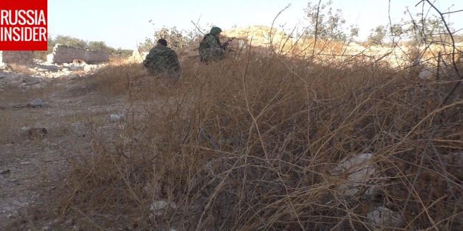 """""""Cố vấn quân sự"""" Nga trực tiếp chiến đấu ở Syria ảnh 2"""