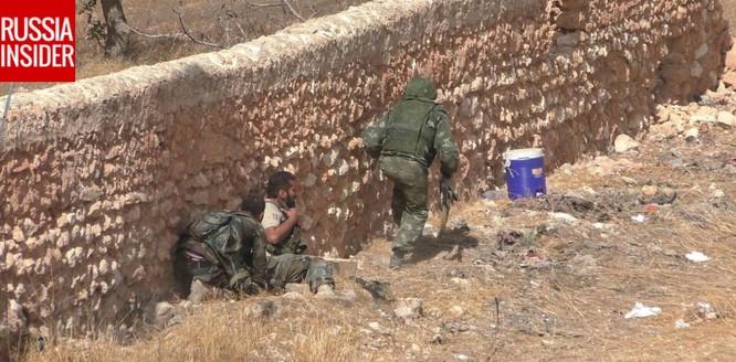 """""""Cố vấn quân sự"""" Nga trực tiếp chiến đấu ở Syria ảnh 3"""