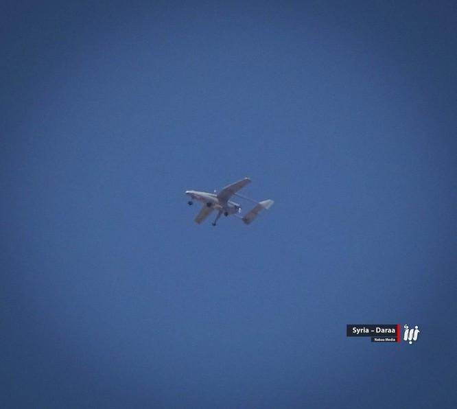Trực thăng khạc lửa, quân đội Syria tấn công ác liệt phiến quân tại Daraa ảnh 1
