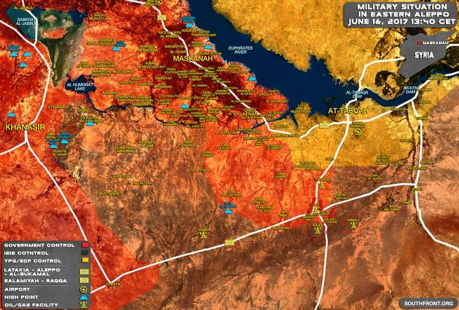 """""""Hổ Syria"""" ồ ạt nghiền nát IS, giải phóng mỏ dầu và 5 cứ điểm ở Raqqa ảnh 1"""