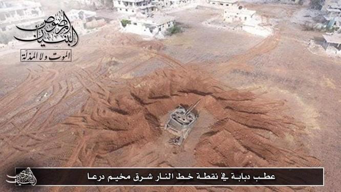 Quân đội Syria trút hỏa lực hủy diệt phiến quân cố thủ Daraa (video) ảnh 2