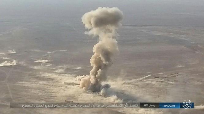"""""""Hổ Syria"""" đập tan IS, chiếm 12 địa bàn, 1.300 km2 tại tỉnh Raqqa (video) ảnh 9"""