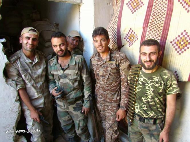 Vệ binh Syria giáng đòn vào chiến tuyến thánh chiến ngoại ô Damascus ảnh 6