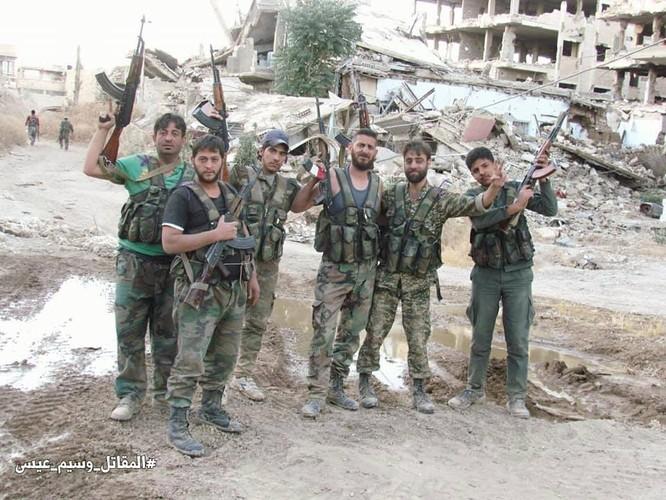 Vệ binh Syria giáng đòn vào chiến tuyến thánh chiến ngoại ô Damascus ảnh 7