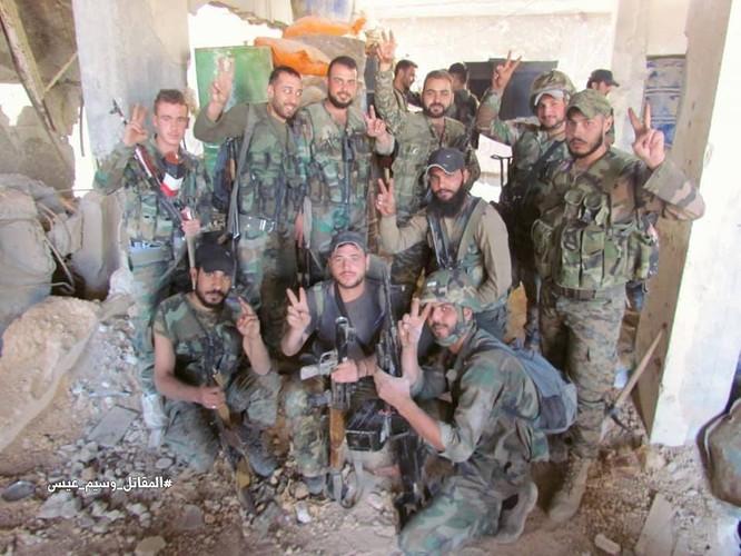 Vệ binh Syria giáng đòn vào chiến tuyến thánh chiến ngoại ô Damascus ảnh 10