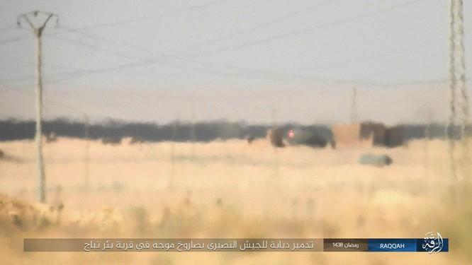 """""""Hổ Syria"""" truy diệt phiến quân IS trên chiến trường Hama (video) ảnh 4"""