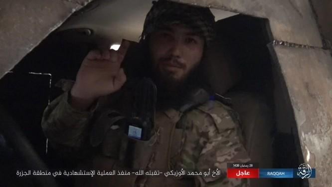 2.000 tay súng IS bị vây chặt, người Kurd Syria tuyên độc lập sau khi chiếm Raqqa ảnh 1