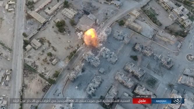 2.000 tay súng IS bị vây chặt, người Kurd Syria tuyên độc lập sau khi chiếm Raqqa ảnh 10