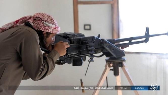 2.000 tay súng IS liều chết với người Kurd tại Raqqa ảnh 2
