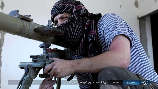 2.000 tay súng IS liều chết với người Kurd tại Raqqa ảnh 4