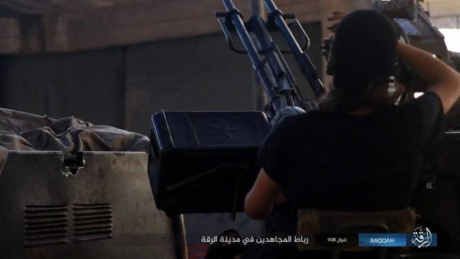 2.000 tay súng IS liều chết với người Kurd tại Raqqa ảnh 6