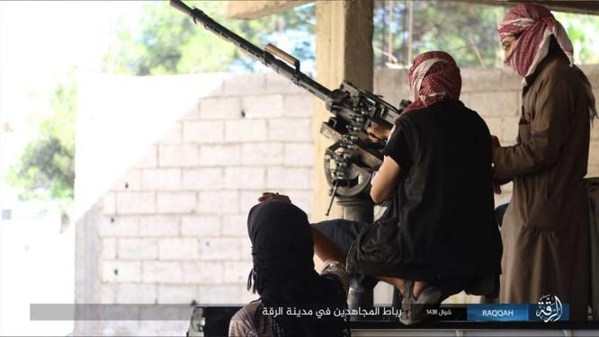 2.000 tay súng IS liều chết với người Kurd tại Raqqa ảnh 10