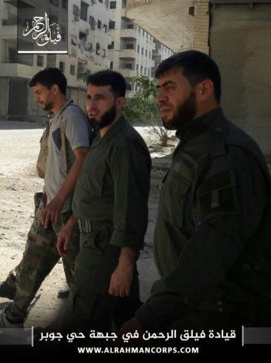 Phiến quân bắn cháy xe tăng Syria, tuyên bố tử thủ ở Damascus (video) ảnh 3