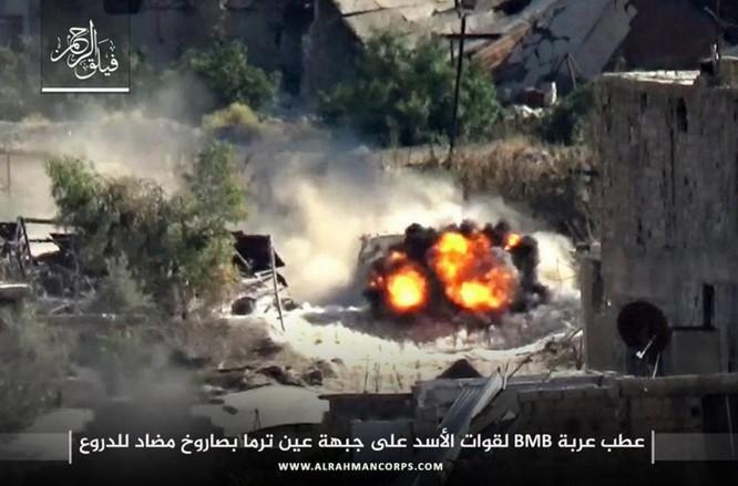 Phiến quân ngoại vi Damascus liều chết chống trả quân đội Syria ảnh 5