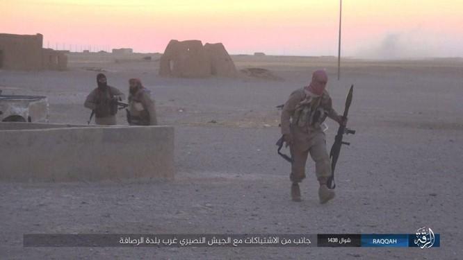 Quét sạch IS ở Aleppo, quân đội Syria sắp tấn công Hama ảnh 4