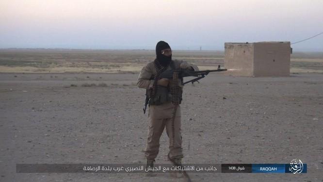 Quét sạch IS ở Aleppo, quân đội Syria sắp tấn công Hama ảnh 6