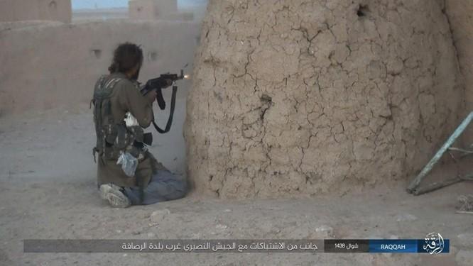 Quét sạch IS ở Aleppo, quân đội Syria sắp tấn công Hama ảnh 8