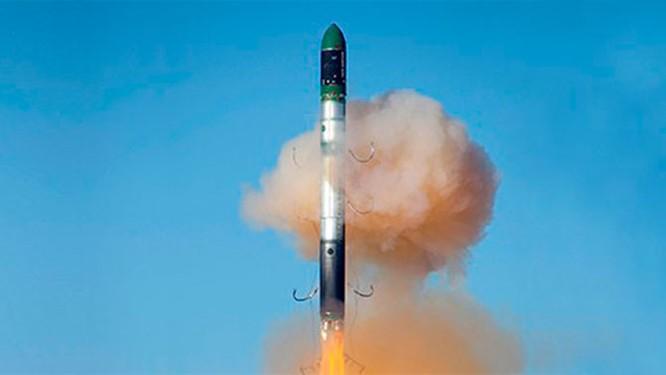 """Ukraine """"xẻ thịt"""" máy bay chiến lược, bán tháo công nghệ tên lửa ảnh 5"""