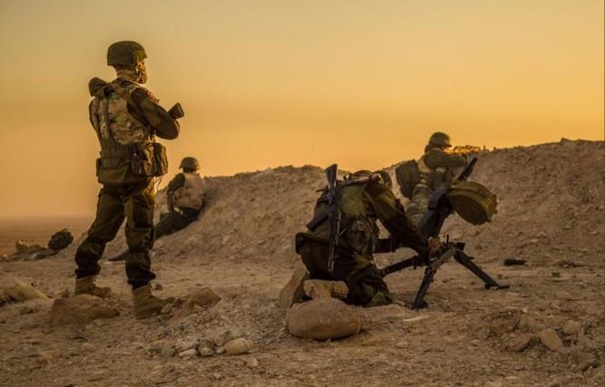 """Lực lượng """"Săn IS"""" Syria đánh tan phiến quân tấn công căn cứ không quân ảnh 1"""