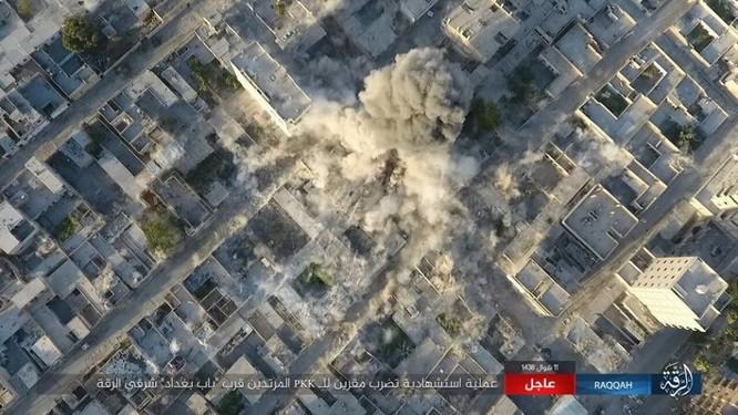 Chiến sự Syria: Người Kurd dốc sức tấn công Raqqa, Mỹ tăng viện trợ (video) ảnh 4