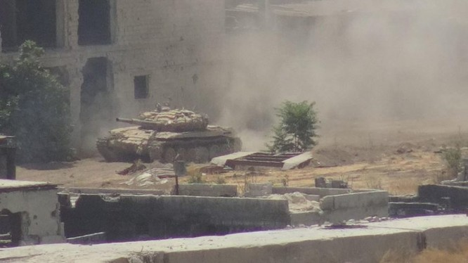 Vệ binh Syria đè bẹp phiến quân, chiếm một số địa bàn ở Damascus ảnh 2