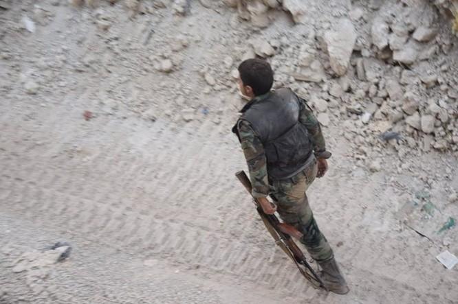 Vệ binh Syria đè bẹp phiến quân, chiếm một số địa bàn ở Damascus ảnh 16