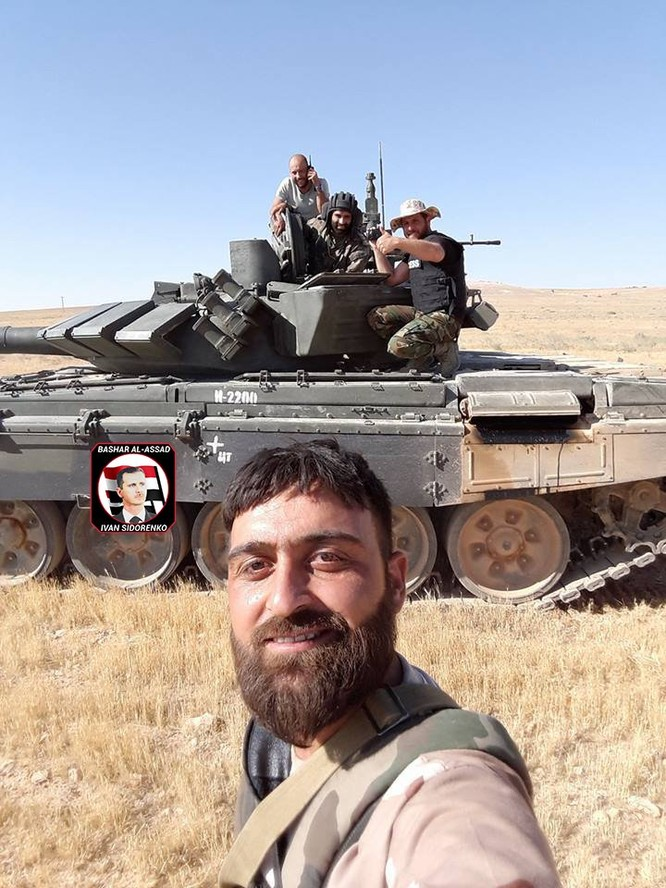 """""""Diều hâu Sa mạc"""" dồn dập tấn công, chiếm hàng chục cứ điểm IS ở Hama (video) ảnh 1"""