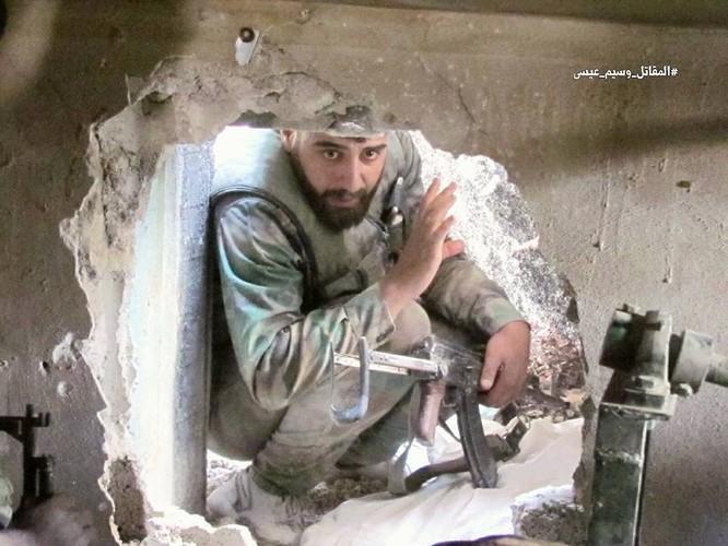 Vệ binh Syria tiến sâu vào sào huyệt phiến quân đông Damascus ảnh 7