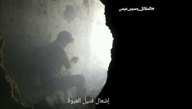 Quân đội Syria chọc thủng tuyến phòng ngự phiến quân ngoại vi Damascus ảnh 6