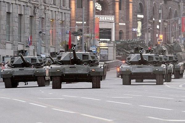 """Siêu tăng Nga """"chấp tất"""" tên lửa, đạn pháo ảnh 3"""
